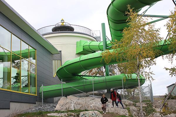 Foto av nya badhuset i Norrtälje