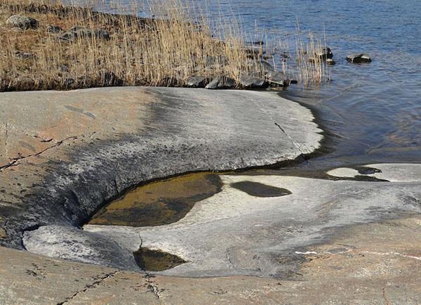 Foto av slät klippa i Rumshamn.